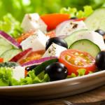 Därför bör du alltid ha fett till salladen