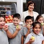 Godis och söta drycker förbjuds på skolor